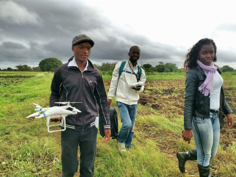 In the field in Chòkwé